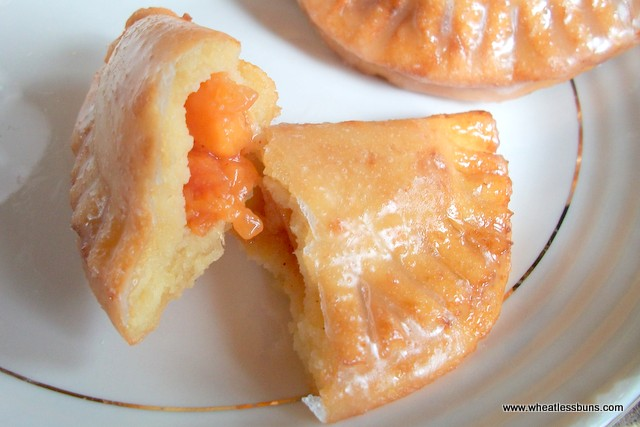 Deep Fried Fruit Turnovers | Peach Filling | Gluten Free, Low Carb | Wheatless Buns