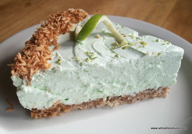 Low Carb Lime Coconut Cheesecake | Gluten Free | Wheatless Buns